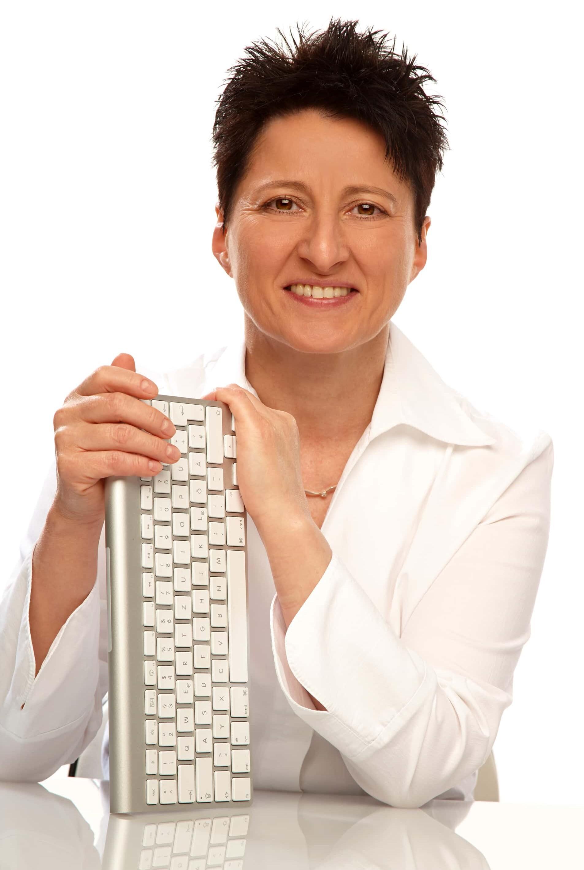 Karin Hoffmann, Ihre Texterin